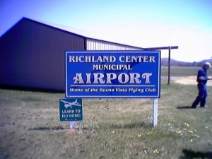 Richland Center Airport